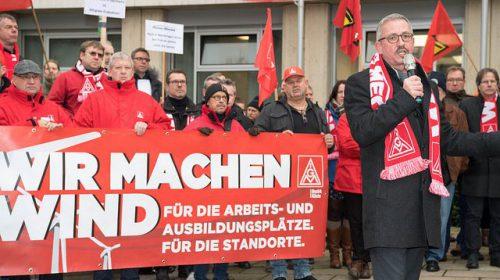 """Proteste gegen """"Kahlschlag"""" in der Windindustrie"""