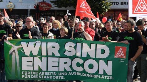 """Hunderte bei Kundgebung in Aurich: """"Wir lassen Enercon nicht aus der Verantwortung"""""""